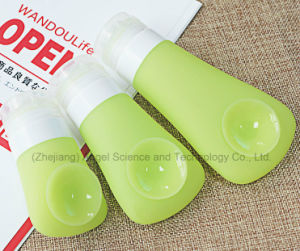 Popular Silicone Gift Liquid Container for Shampoo Scb03 pictures & photos