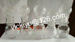 Small Wine Decanter with Various Shapes