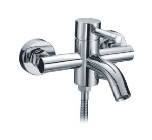 High Quality Brass Material Bathtub Faucet Mixer /Tap (CAG40243) pictures & photos