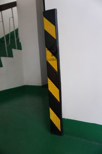 High Reflective Rubber Corner Guard pictures & photos
