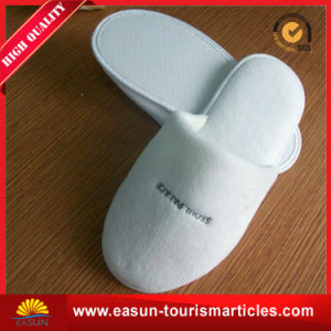 High Quality Hotel Slipper for 5 Star Hotel pictures & photos