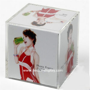 Clear Solid Acrylic Cube Block pictures & photos