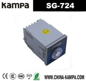 Sg-724 109*72*72 (mm) Microcomputer Intelligent Temperature Controller Regulator pictures & photos