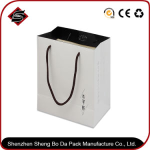 Customized Design Monochrome Printing Gift Packaging Paper Bag pictures & photos