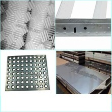 CNC China Bending Sheet Metal Cabinet Shelf Brackets Punching Parts pictures & photos
