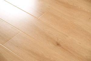 Good Quality Laminate Wood Flooring pictures & photos