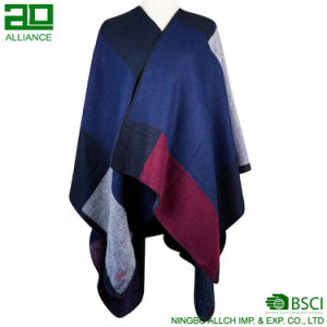 Fashion Multicolor Women Shawls Winter Capes pictures & photos