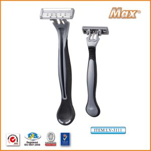 Triple Blade Disposable Razor pictures & photos