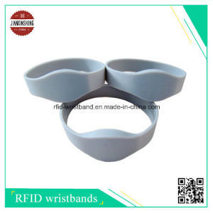 RFID Silicone Bracelets with Laser Different Qr Code and Different Chip pictures & photos