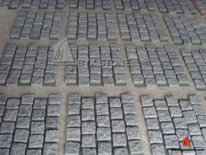 G684 Black Granite Cobblestones for Driveway Paving & Landscape pictures & photos