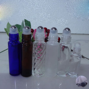 Customized Color Glass Perfume Bottle with Roll on Lids pictures & photos