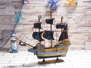 Hot Sale 40 Cm Wooden Pirate Ship pictures & photos