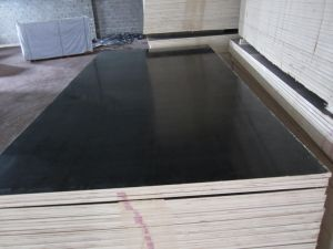 Hot Sale Cheap Black Film Faced Plywood pictures & photos