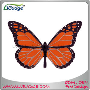 Custom Metal Enamel Lapel Pin Badge with Butterfly Fitting pictures & photos
