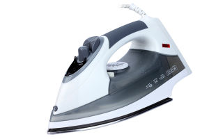 Hotel Use Anti-Drop Steam Iron with 1.8m Power Cord pictures & photos