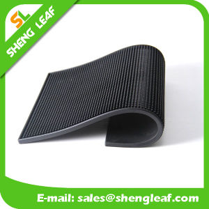 China Promotion Customize Logo Black Rubber Bar Counter Mat pictures & photos