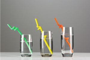 Magic Actistic Drinking Straws in Multicolor pictures & photos
