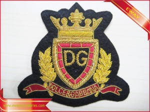 Customized Embroidery Fabric Patch Clothing Woven Patch pictures & photos