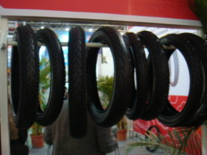 Bicycle Tyre 26X2X13/4 pictures & photos
