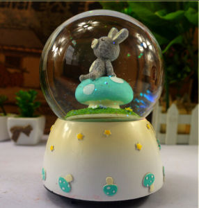 Polyresin Resin Decor Craft Snow Globe Water Globe pictures & photos