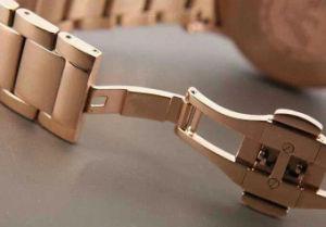Classical Gold Watch Rose Gold Bracelet Business Nouveau Riche Luxury Fashion Three Eye Chronograph Quartz Men′s Watch pictures & photos