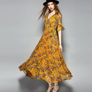 Fashion Floral Flare Sleeve Women Maxi Dress with Belt pictures & photos
