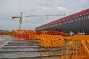 Qtz125 (6015) Crane Tower 60m Boom Length and Split Mast Section pictures & photos