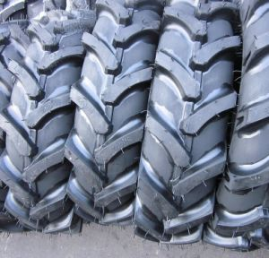 Bias Nylon Agricultural Tire Farm Tractor Tire Harvest Tire 16.9-30 16.9-34 16.9-38 R1 R2 pictures & photos