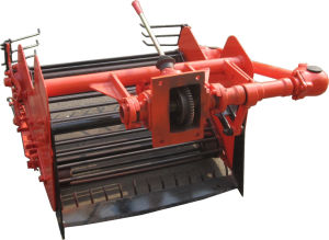 Walking Tractor′s Implements Potato Harvester (2U-80A) pictures & photos