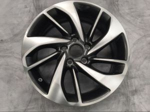 Silver Alloy Wheels pictures & photos
