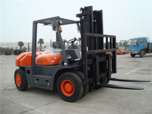 6t China Diesel Forklift Truck pictures & photos