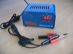 12V 2A Automatic Reverse Pulse Lead Acid Battery Charger of Ultipower