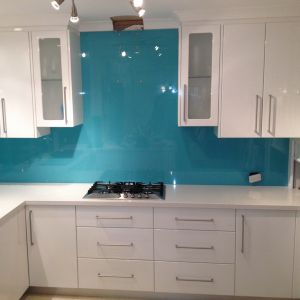Ceramic Coated Tempered Glass Backsplash for Kitchen pictures & photos