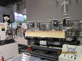 Pcqz25-06s Newly Developped Log Carriage for Band Saw pictures & photos