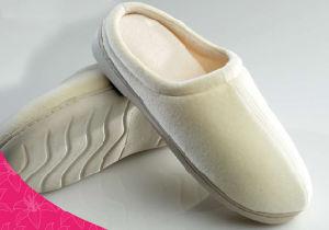 Velvet Lady′s Memory Foam Slipper-Cream