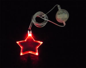 Star Shape Flashing LED Necklace (QNK-108) pictures & photos