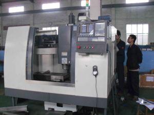 CNC Mill (VMC550L) pictures & photos