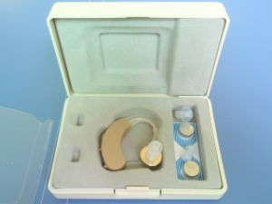 Wk-04 Bte Hearing Aids/Amplifier/Analog Bte Hearing Aid pictures & photos