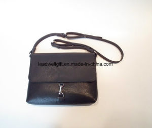 Small Hook Woman Bag Leather Bag Black Leather Shoulder Bag pictures & photos