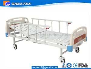 Maunal 2 Crank Patient Bed with Foot Step Cross Braking System pictures & photos