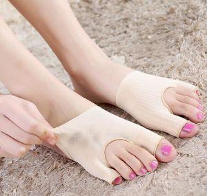 Feet Care Hallux Valgus Orthotics Toe Separator Corrective Thumb Valgus Protector Bunion Adjuster Foot Care Tool pictures & photos