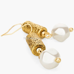 New Vintage Alloy Stud Earrings for Women Fashion Jewelry Pearl Earrings Pendant Antique Gold Bijoux pictures & photos