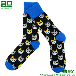 Cat Pattern Wholesale Knitted Sport Socks pictures & photos