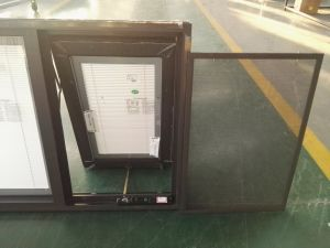 China Manufacturer Aluminum Chain Winder Awning Windows with Screen pictures & photos