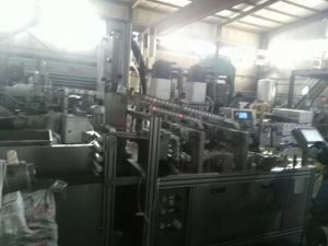 Silicon Sealant Hard Cartridge Filling and Capping Machinery pictures & photos