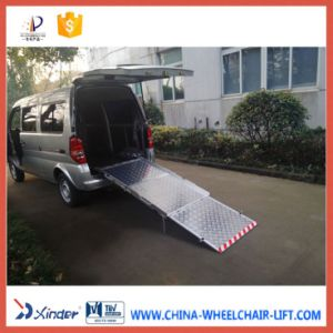 Manual Wheelchair Loading Ramp for Van with Loading 350kg pictures & photos