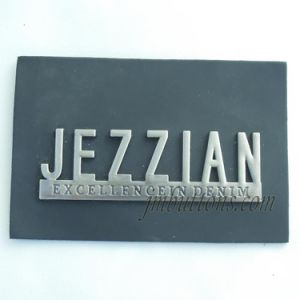 Different Design Custom Made PU Labels for Jeans Denim pictures & photos