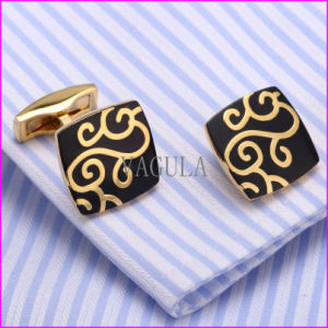 Gold Plating Laser Men′s Shirt Cuff Link pictures & photos