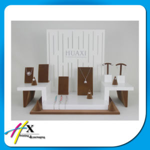Black Acrylic Jewelry Display Stand pictures & photos