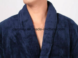 Microfible Flannel Fleece Soft Static-Free Bathrobe pictures & photos